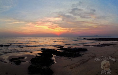 DonCharisma.org-Rocky-Beach-Sunset-Pano-PS-4w-x-1h-P